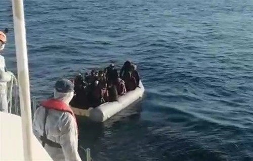 23 Irregular Migrants Were Rescued Off The Coast Of Izmir